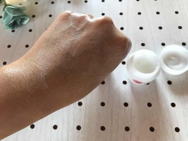 Coyoriトライアルセット美容クリームを塗ると白くなる
