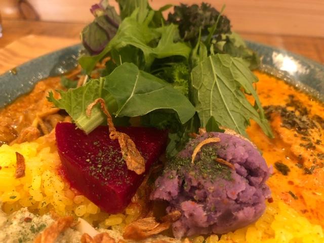 まるフェ カレーの副菜