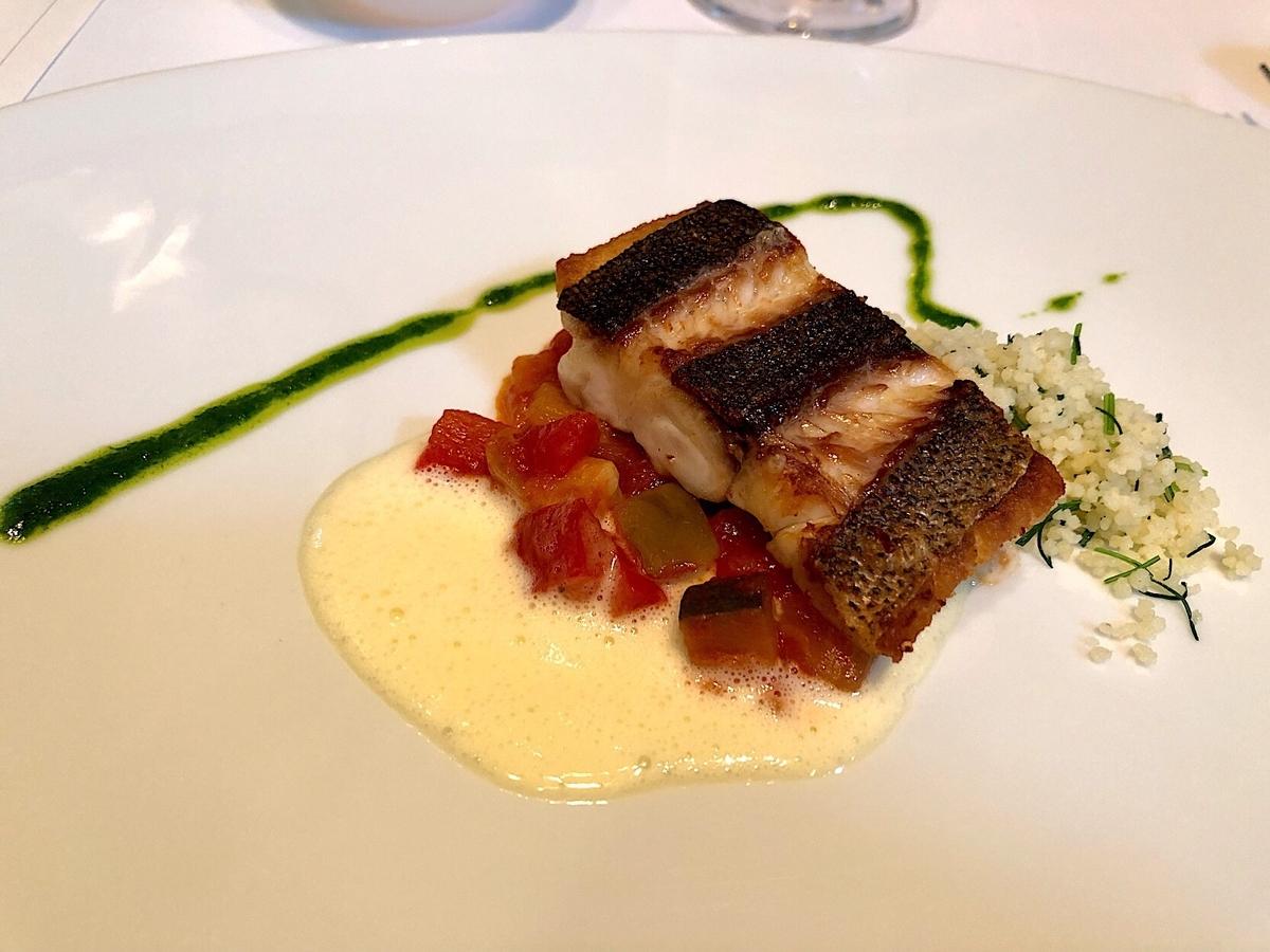 ラリアンス 魚料理