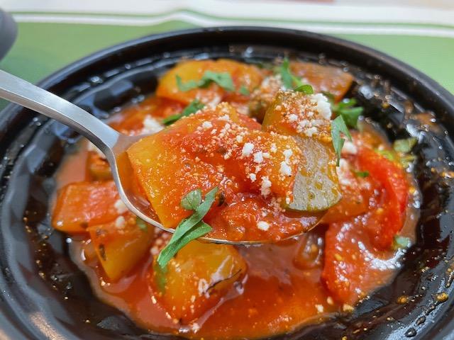 カリーナカリーナ テイクアウト 彩り野菜のトマト煮込み
