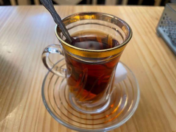 飯田橋 トルコ料理HiSAR ランチセット 食後の紅茶