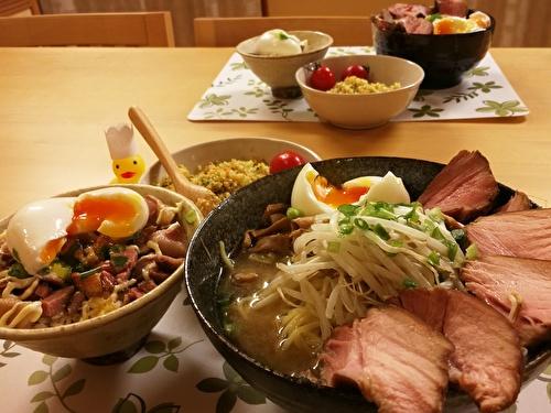 チャーシュー麺とチャーシュー丼