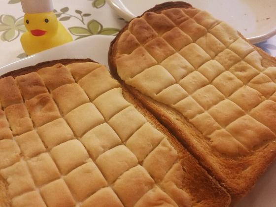 トーストメロンパン
