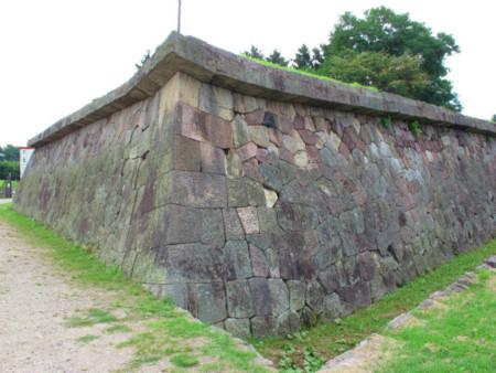五稜郭表門側の石垣