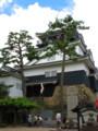 岡崎城の天守閣をのぞむ