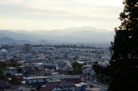 飯盛山より会津鶴ヶ城方面を望む