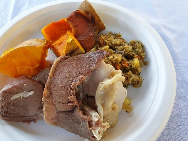 ハンギというマオリ族の料理