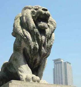 難波橋のライオン像