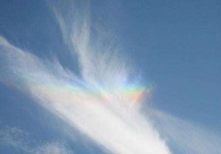 彩雲=rainbow 虹