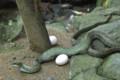 卵2個と巳さん【大神神社】
