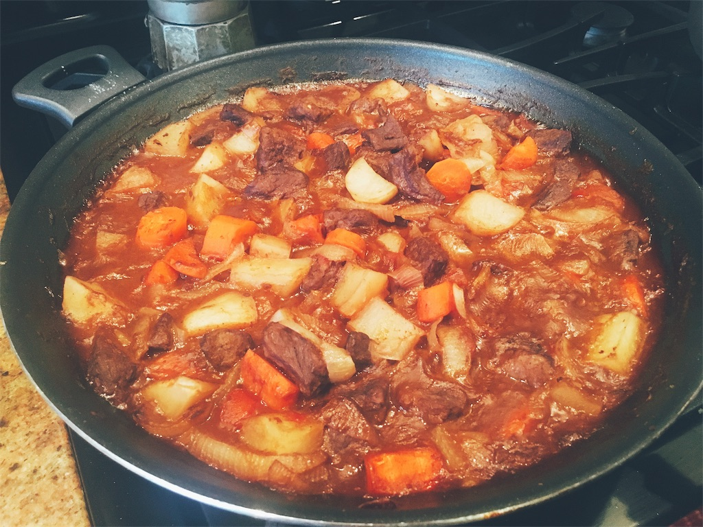 ルーなしで作るトマトビーフシチュー