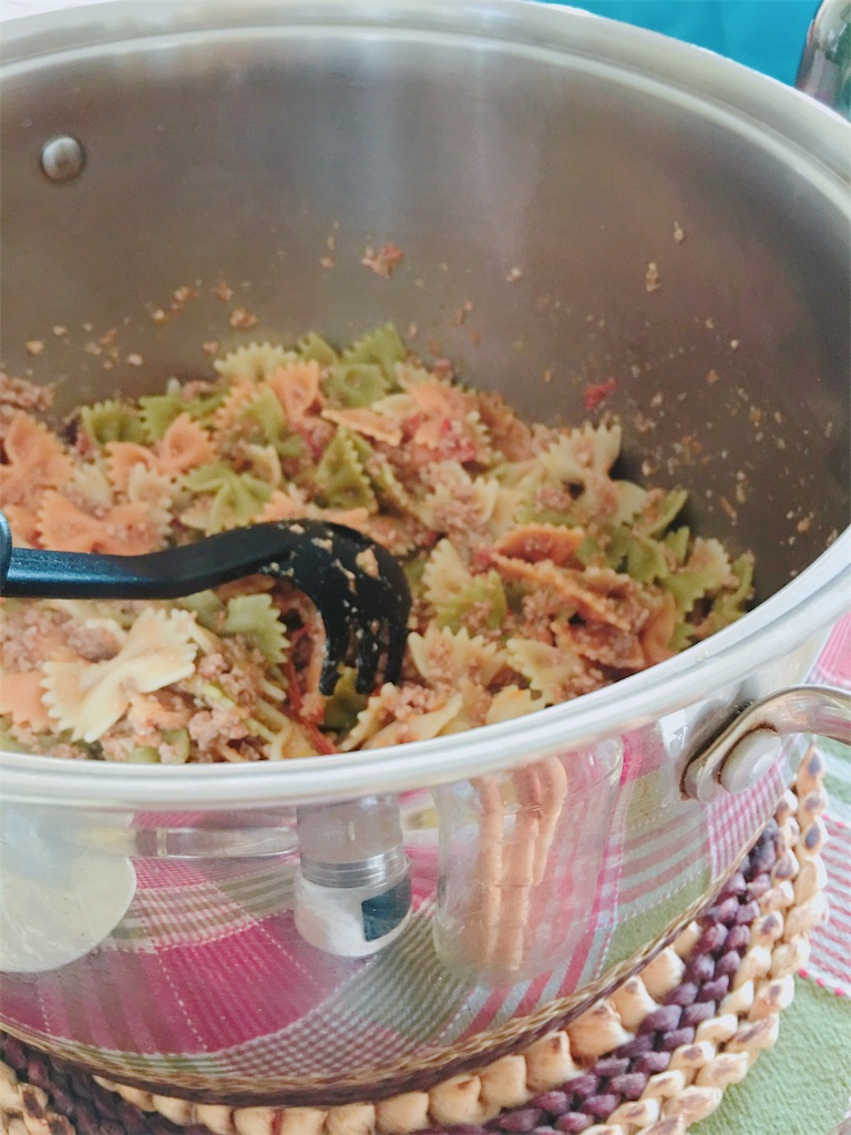 ラザニア用合挽肉と野菜たっぷりトマトソースの残りでパス