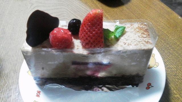 ケーキ!うますぎる