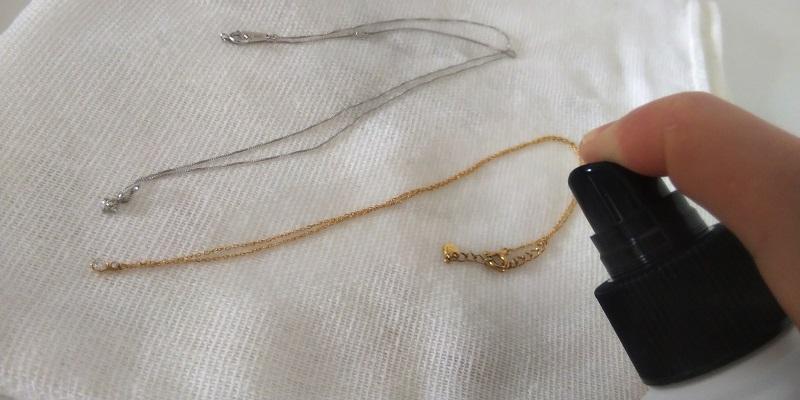 ネックレス洗浄の画像2