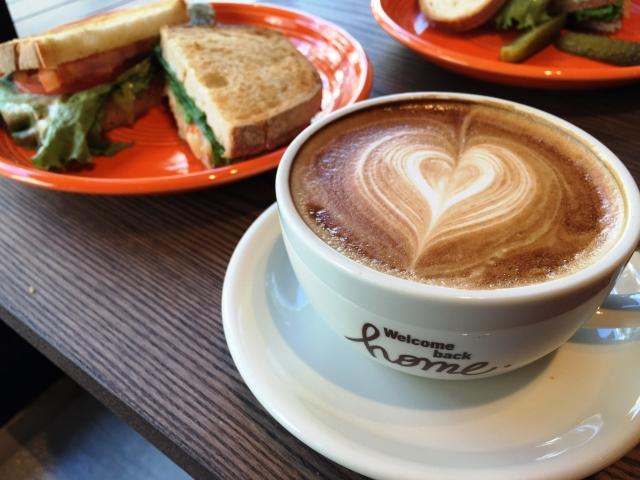 つわりの外食はカフェ