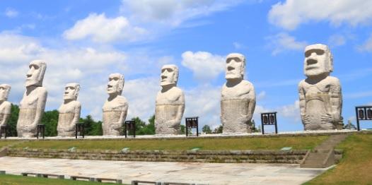 モアイ像の写真