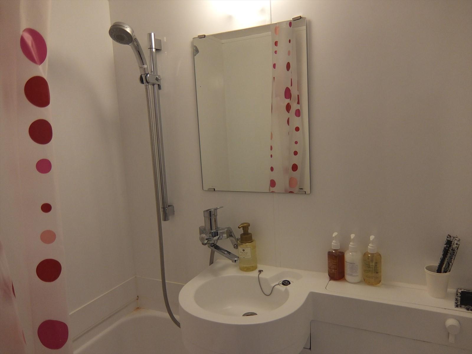 エスティネートのホテルの浴室