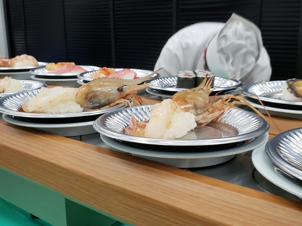懇親会で提供された回転寿司
