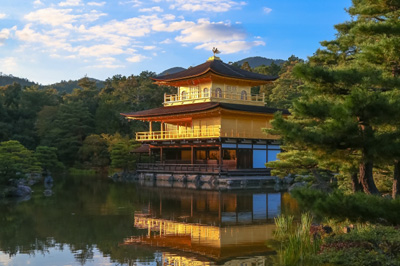 修学旅行新聞の金閣寺