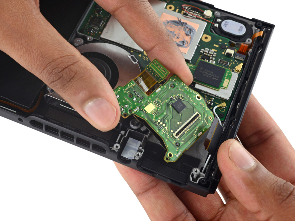 Nintendo Switch内部(iFixit)