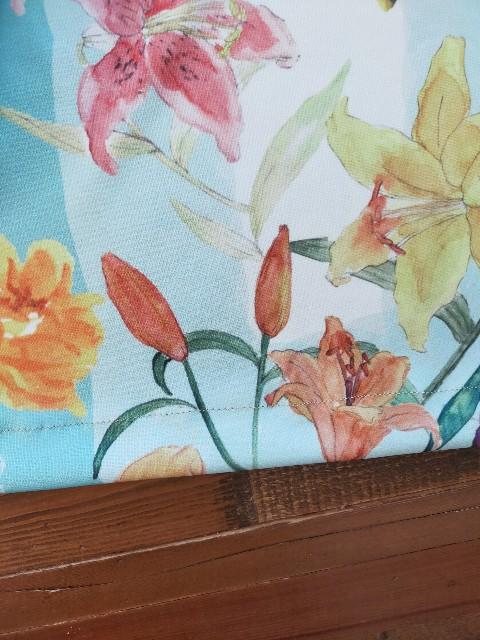 水彩の百合の花