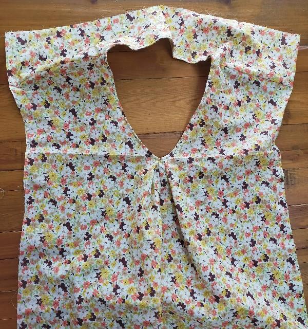 洋裁のヨークの縫い方