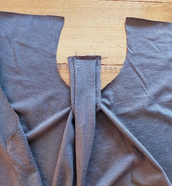 縫いどまりの切込みの入れ方の違い