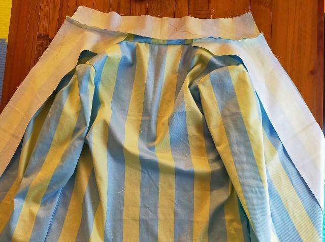 衿まわりと前端と見返し裾の縫い方