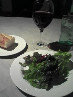 LA STELLA パスタランチのサラダ、パン