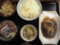 カレイの煮付け、かつおのたたき、おからと春野菜の和え物@西池袋食