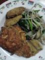 チキンカツ、ポテトフライ、ナスのフライ、野菜炒め@実家