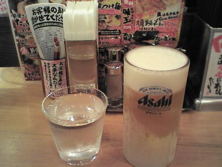生ビール小ジョッキ¥300@節骨麺たいぞう池袋東口店