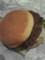 B.L.T.バーガーだと思って、期待して食べたら、トマトが入ってなかった