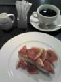 モーツアルトイチジクのタルトとブレンドコーヒー@カフェコムサ