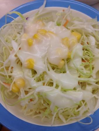 定食に付くサラダ