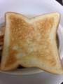 食パンをトーストする