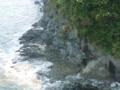 魚見岬 溶岩流が波に浸食されたテラスとノッチ