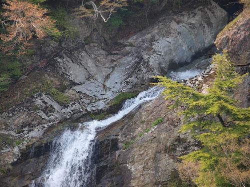 竜ヶ岩の滝