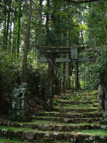 求菩提山の参道