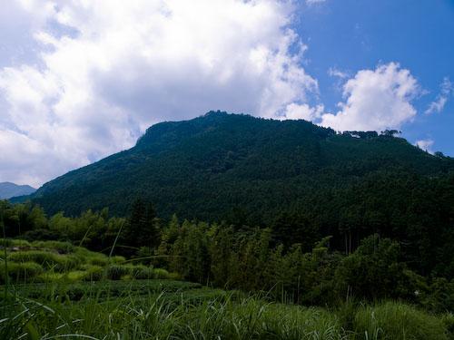 求菩提山の山容