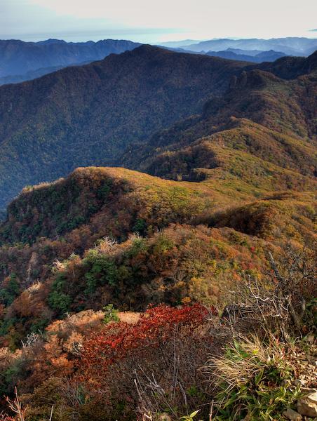 祖母山の稜線〜天狗岩