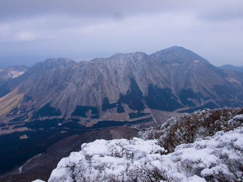 鶴見岳 from 御鉢巡り