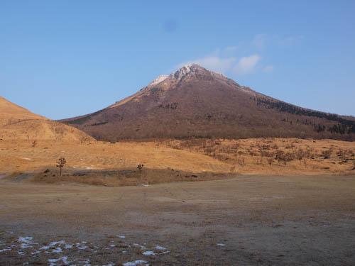 冬の由布岳