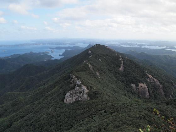 洲藻白岳の東峰