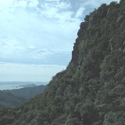 次郎丸岳の山頂