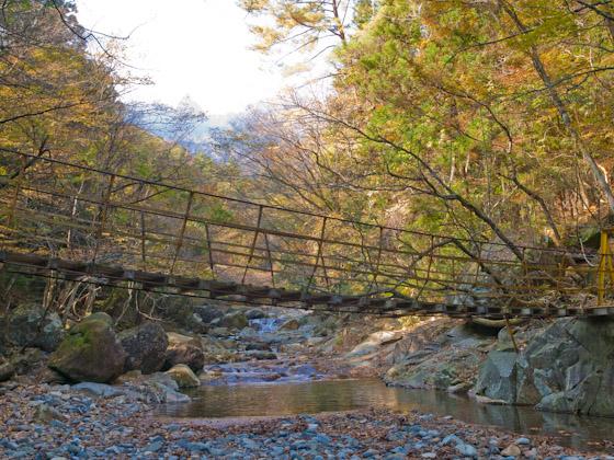 川上渓谷の吊り橋