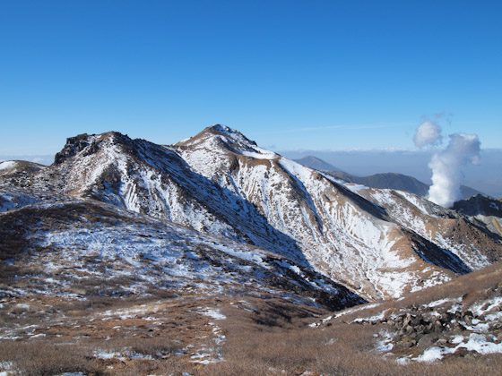 雪化粧した星生山