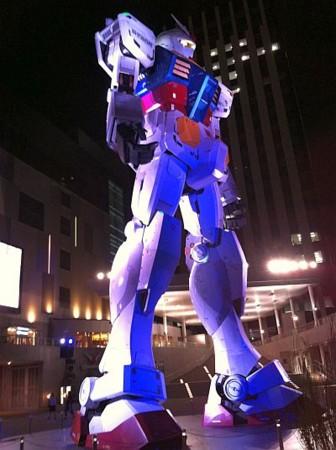国宝:お台場ガンダム@ダイバーシティ東京前