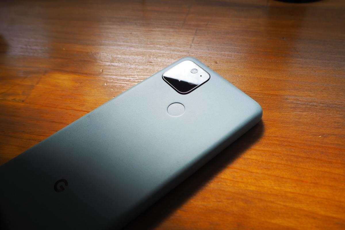Pixel 5の指紋センサー