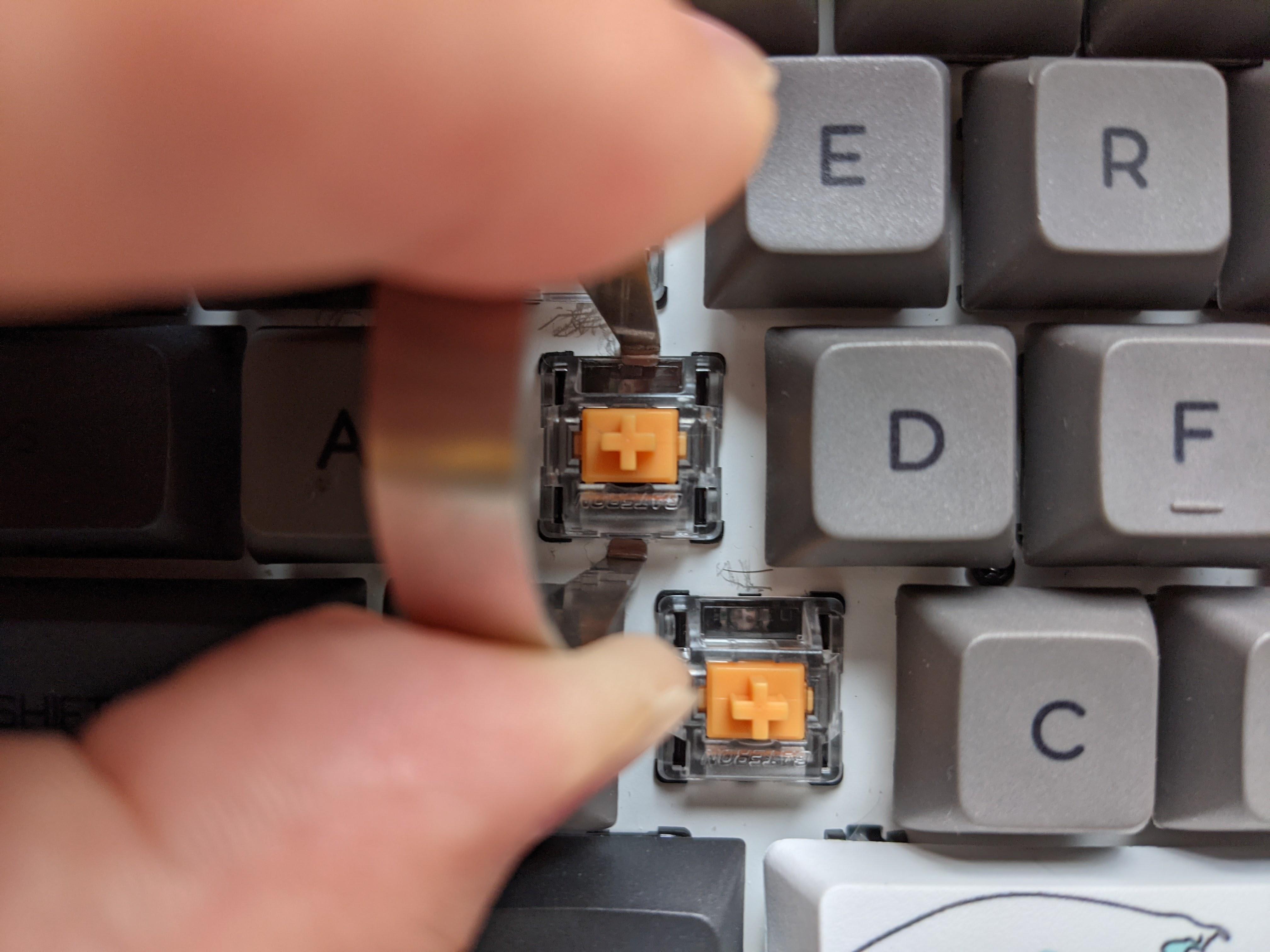 Gateron 光学式キースイッチを交換する